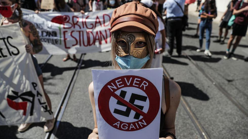 """Núcleo Antifascista de Braga em Lisboa """"contra o fascismo e a xenofobia"""" (c/ vídeo)"""