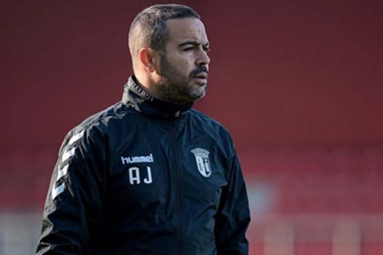 Ex-defesa Artur Jorge assume comando técnico do Sporting de Braga