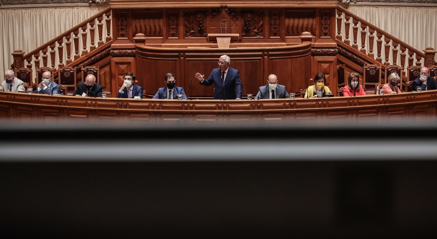 António Costa insiste em acordo de legislatura à esquerda