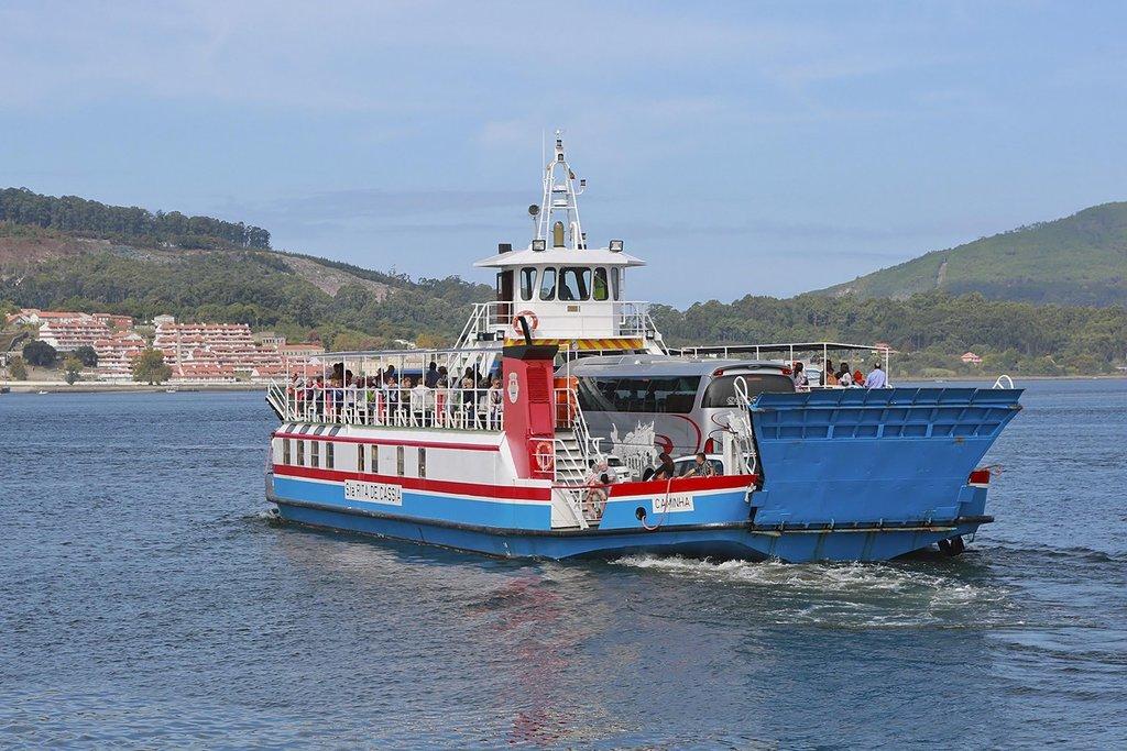 Covid-19. Câmara de Caminha informa passageiros do ferryboat sobre decisão da Xunta de Galicia