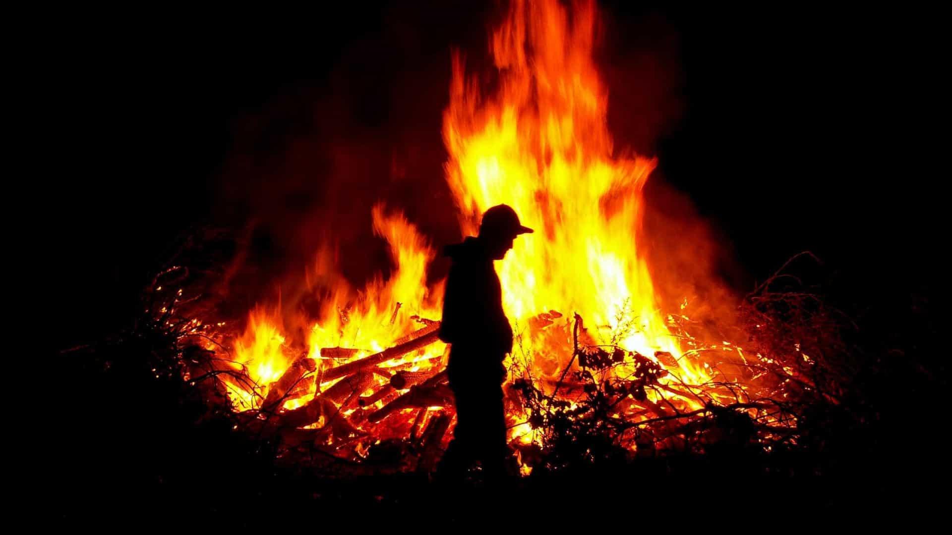 PJ detém serralheiro por atear fogo em Fafe