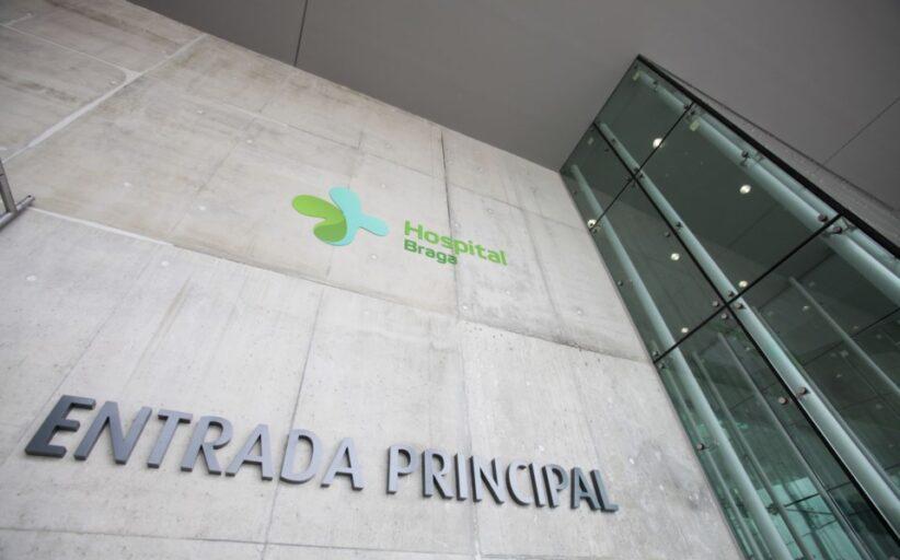 """Enfermeiros enchem 168 balões contra """"exploração salarial"""" no Hospital de Braga"""