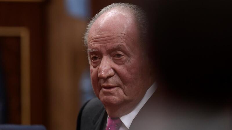 Juan Carlos abandona Espanha em declínio e sob suspeitas de corrupção