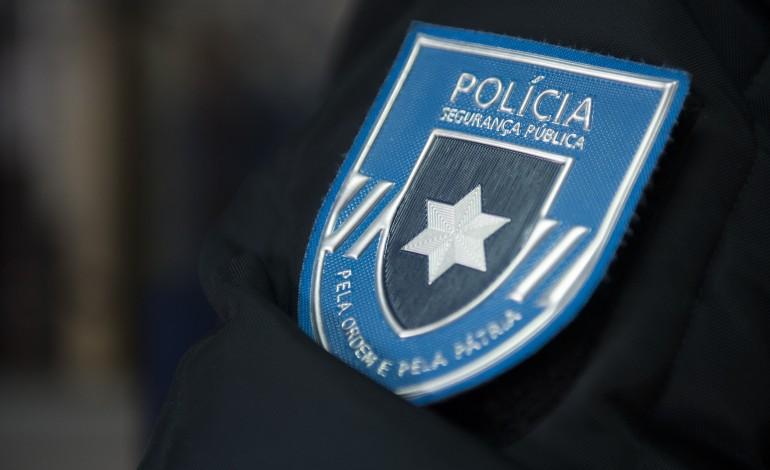 Dois suspeitos de integrarem rede de tráfico de cocaína são agentes da PSP