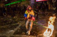 Colômbia. Homem morre após o uso repetido de um taser por dois polícias em Bogotá (c/vídeo)