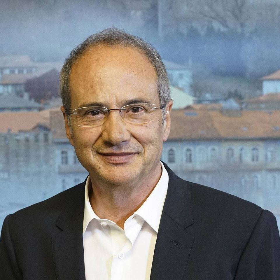 Autarca de Guimarães testou negativo ao covid-19 mas fica em tele-trabalho