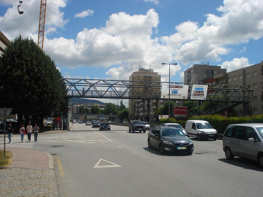 'Braga para Todos' quer mais policiamento e vídeo-vigilância na ponte pedonal do BragaParque
