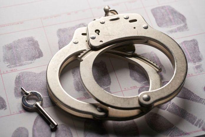 Homem alcoolizado detido por violência doméstica em Braga