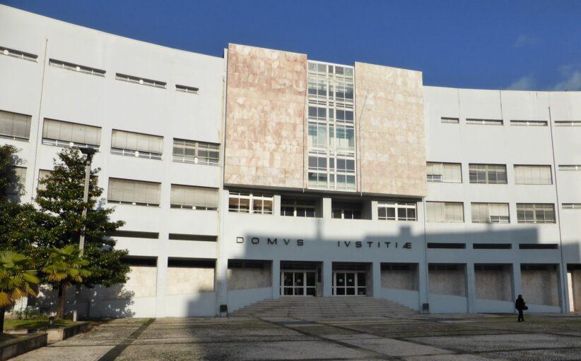Tribunal julga gang que assaltou mulheres idosas à porta da igreja em Barcelos e Famalicão