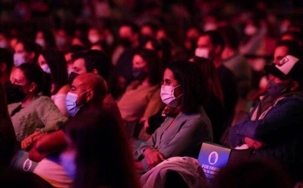 Guimarães admite que espectáculo com mil pessoas foi sinal contraditório
