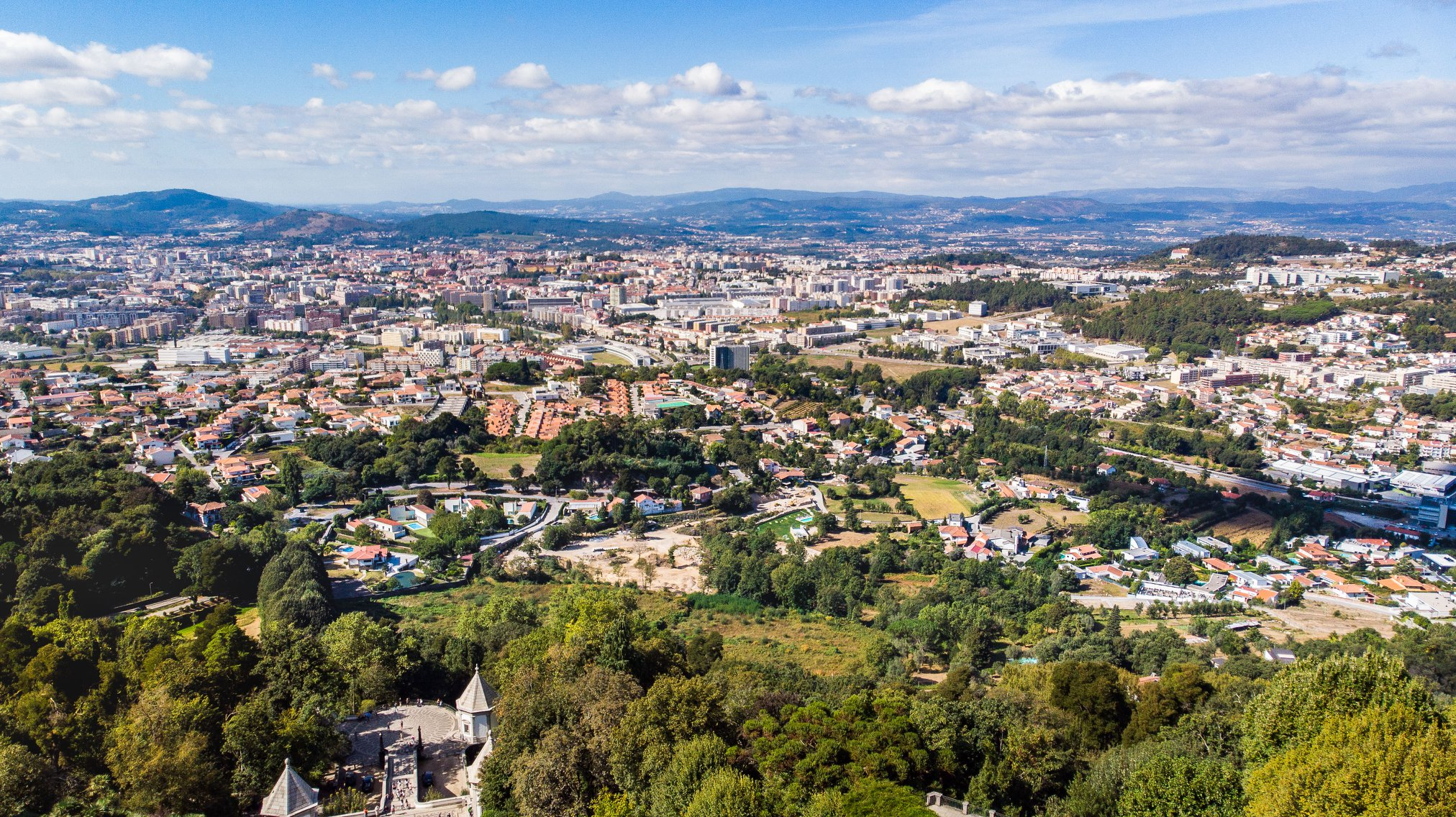 Câmara de Braga transfere 480 mil euros para freguesias