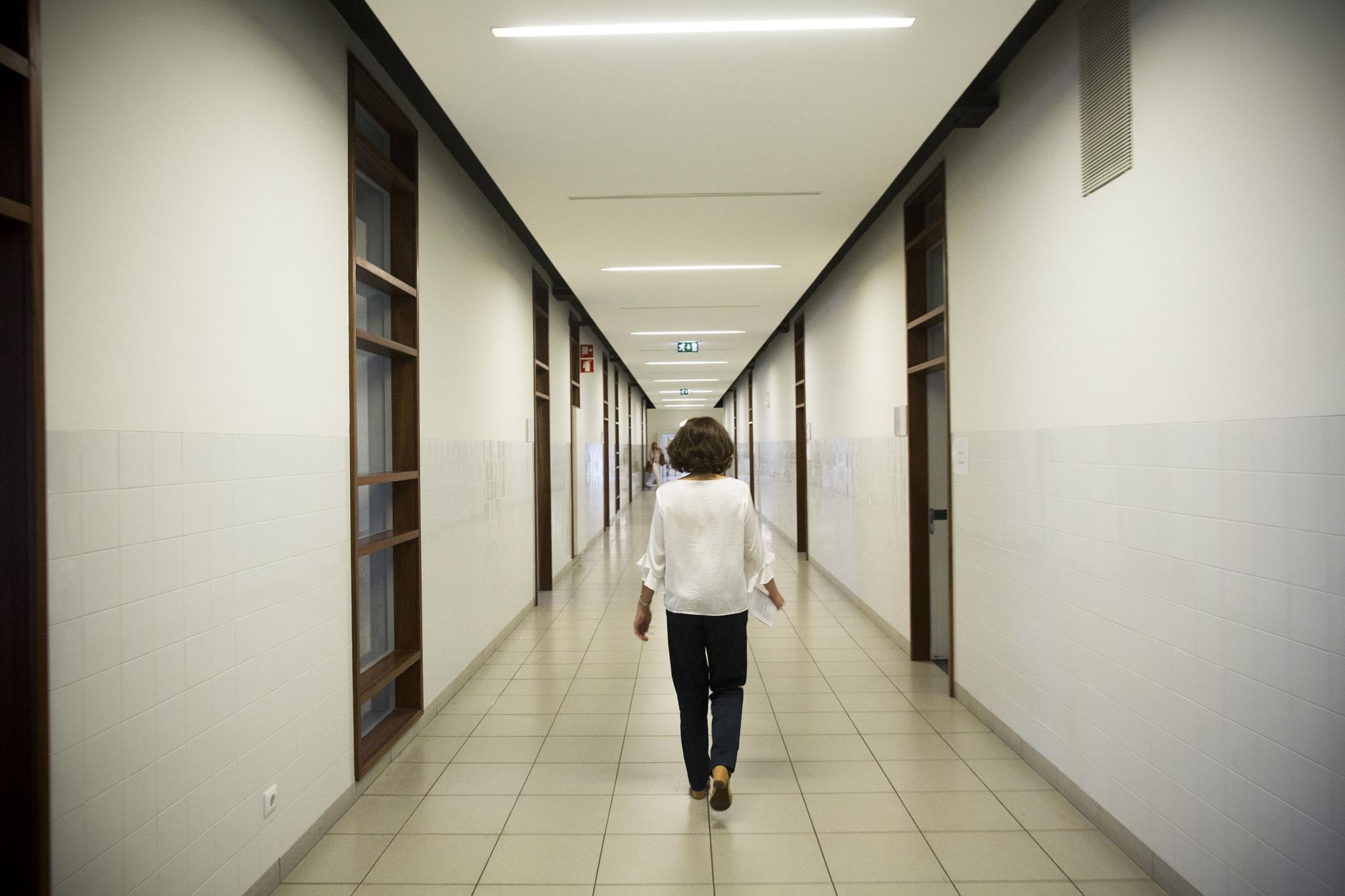 Metade dos docentes em exaustão por causa do covid-19