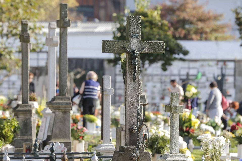 Conferência Episcopal quer cemitérios abertos a 1 e 2 de Novembro