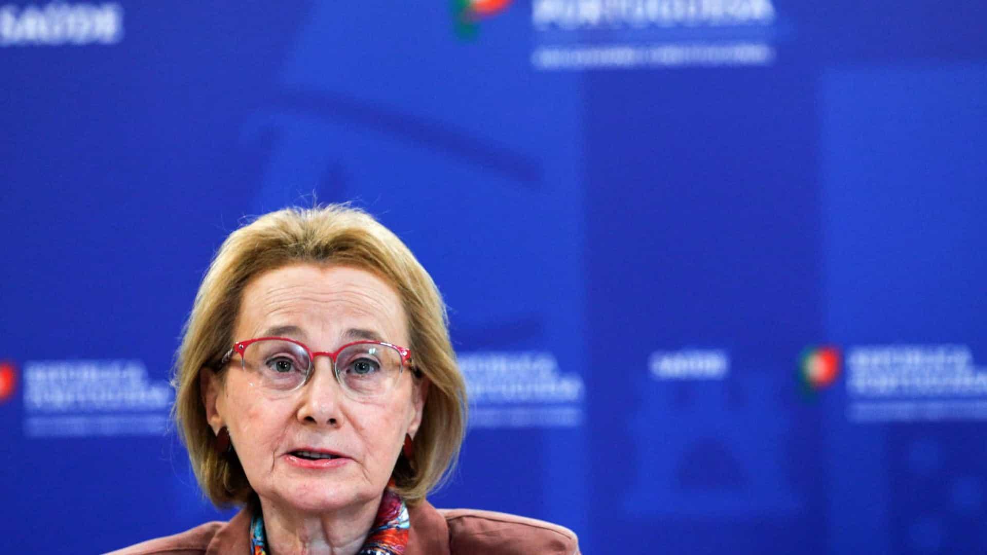 Graça Freitas apela a empresas e escolas para receberem sem medo doentes com alta