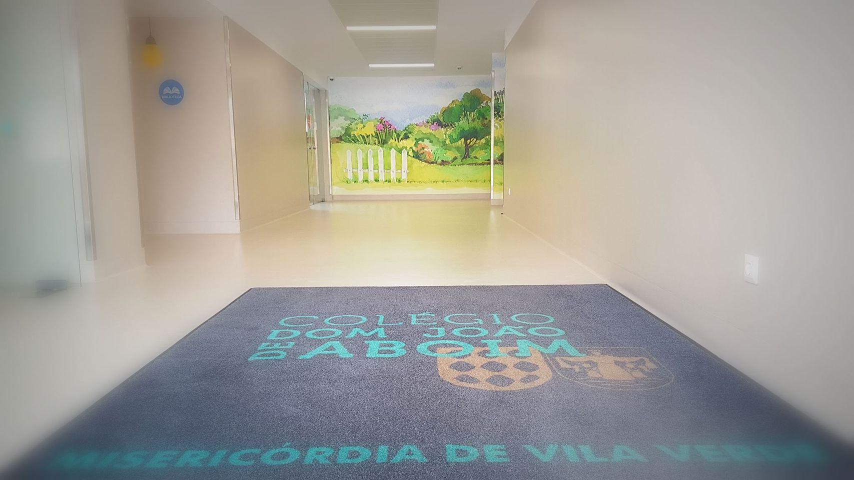Fenprof actualiza lista das escolas com surtos de covid-19. A listagem deixa de fora turmas de Vila Verde