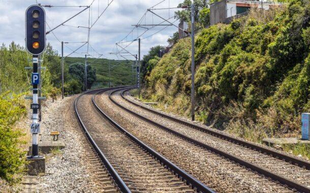 """Ferrovia. CDS Braga apela ao recém-eleito presidente da CCDR-N que ponha fim ao """"centralismo desmedido"""" de Lisboa e Porto"""