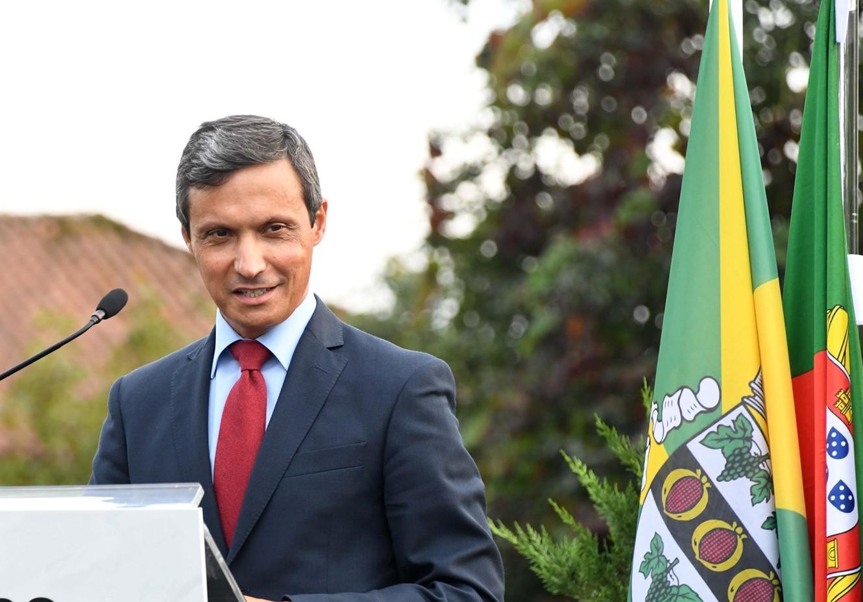 """Presidente da Câmara de Famalicão quer """"discriminação positiva"""" nas medidas de apoio à economia"""