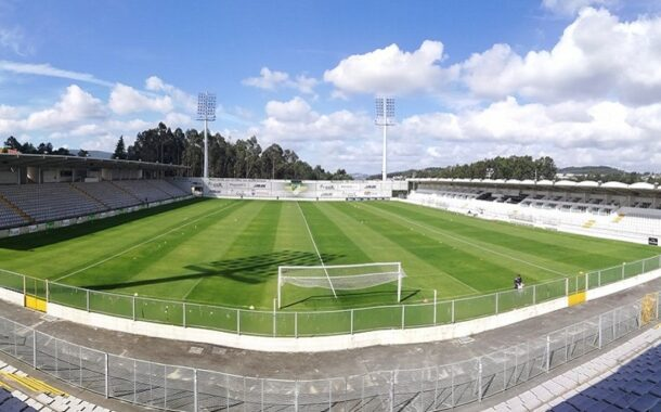 DGS fecha instalações do Moreirense devido a surto de covid-19 que atinge 25 elementos do clube