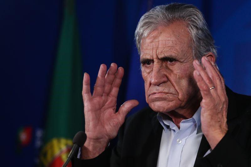 """Estado de emergência. Jerónimo de Sousa considera medidas """"desproporcionais, incongruentes e desadequadas"""""""