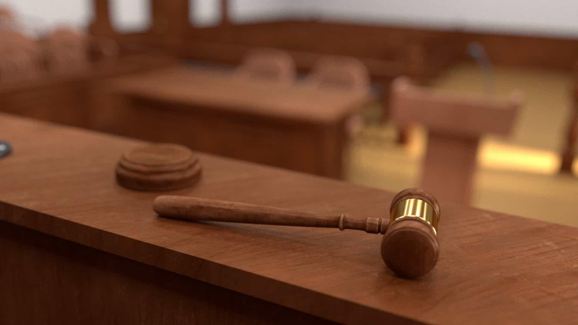 Casal de Fafe acusado de burlar familiar idosa em 280 mil euros