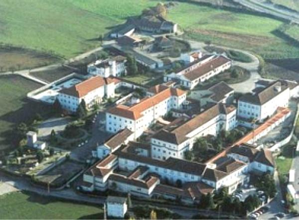 Funcionárias denunciam alegada falta de informação sobre mortes e utentes infectadas na Casa de Saúde Bom Jesus de Braga