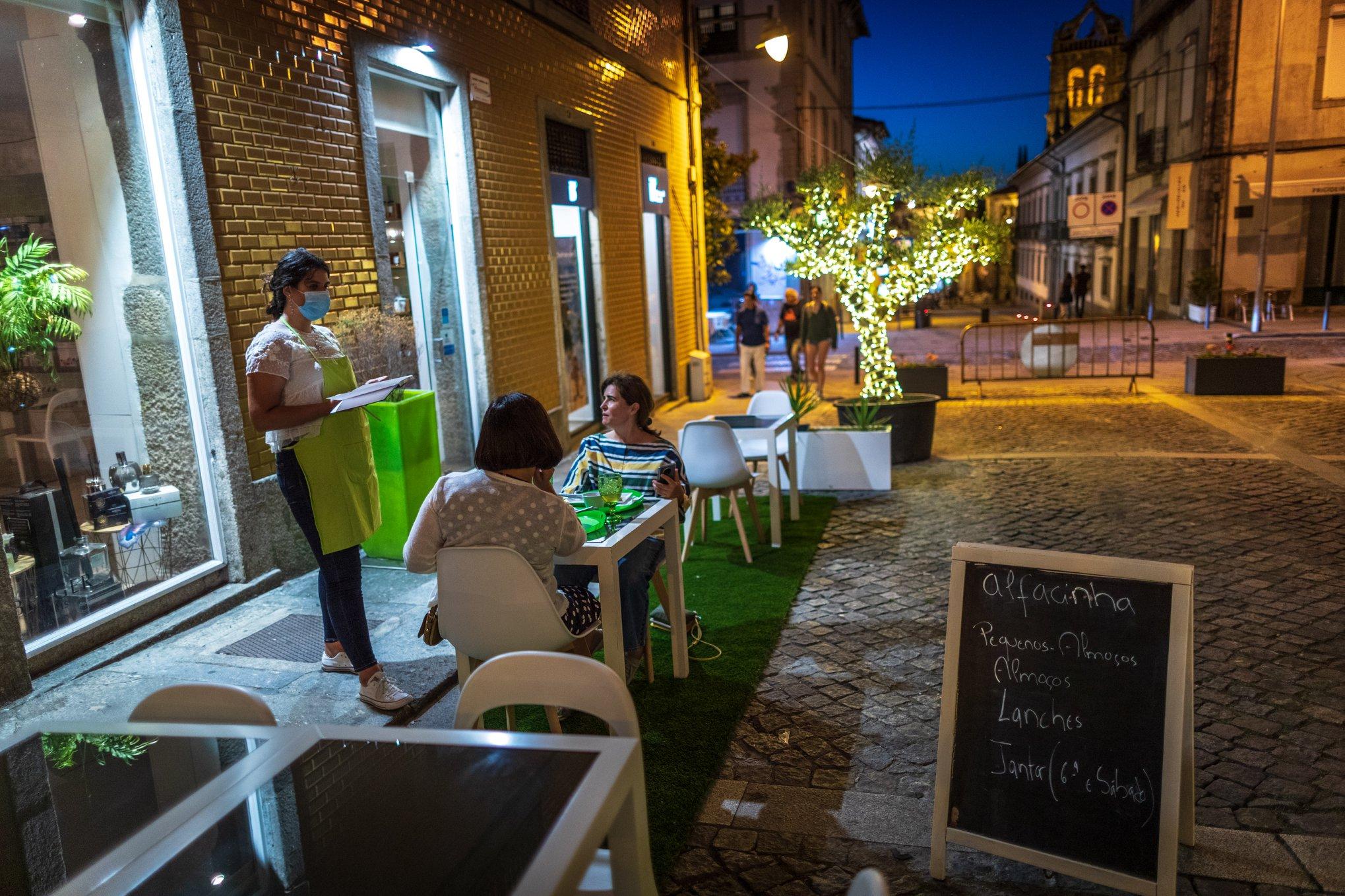 Braga suspende licenças de esplanadas e ocupação do espaço público no dia 24 de Dezembro