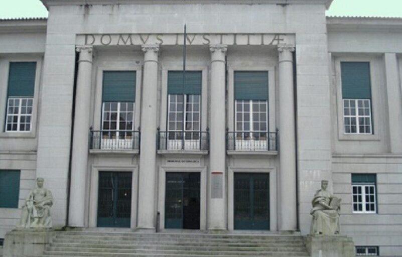 Três anos de prisão por violência sobre mãe e irmã na Póvoa de Lanhoso