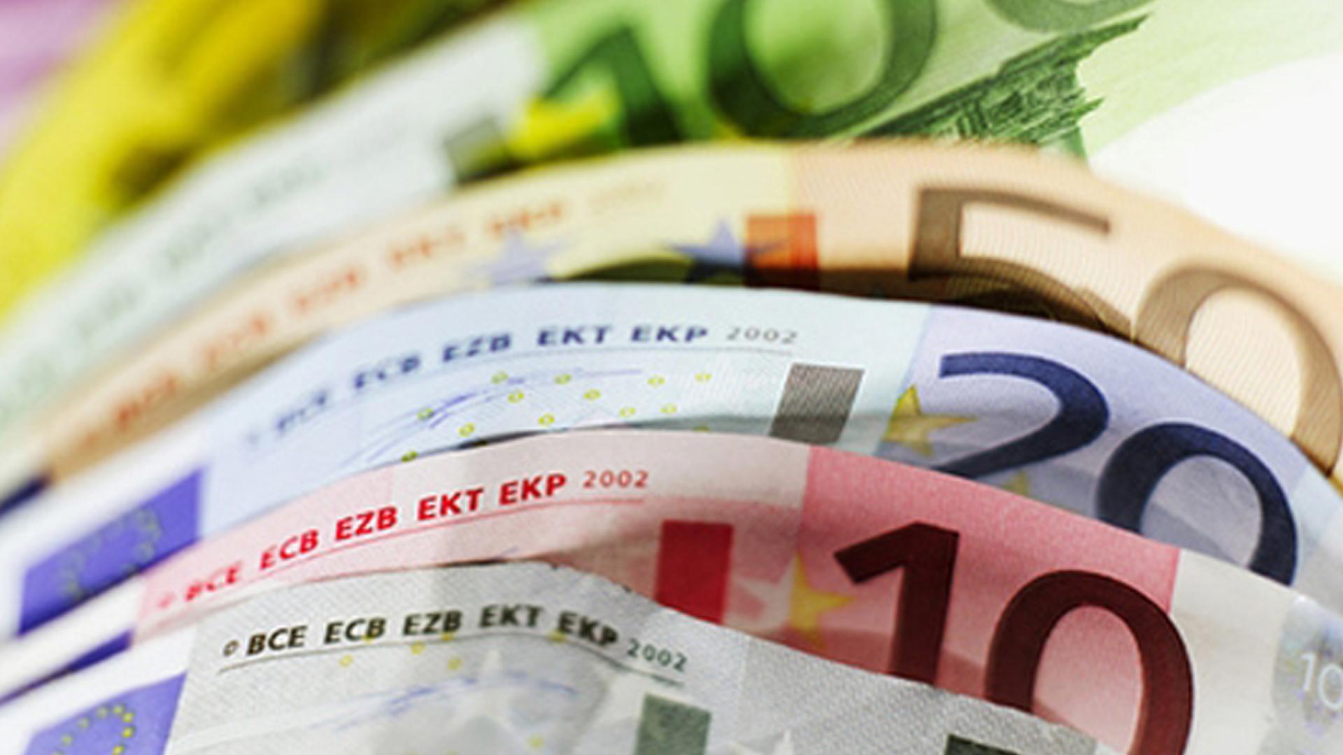Conselho de Ministros aprova aumento de 30 euros no salário mínimo