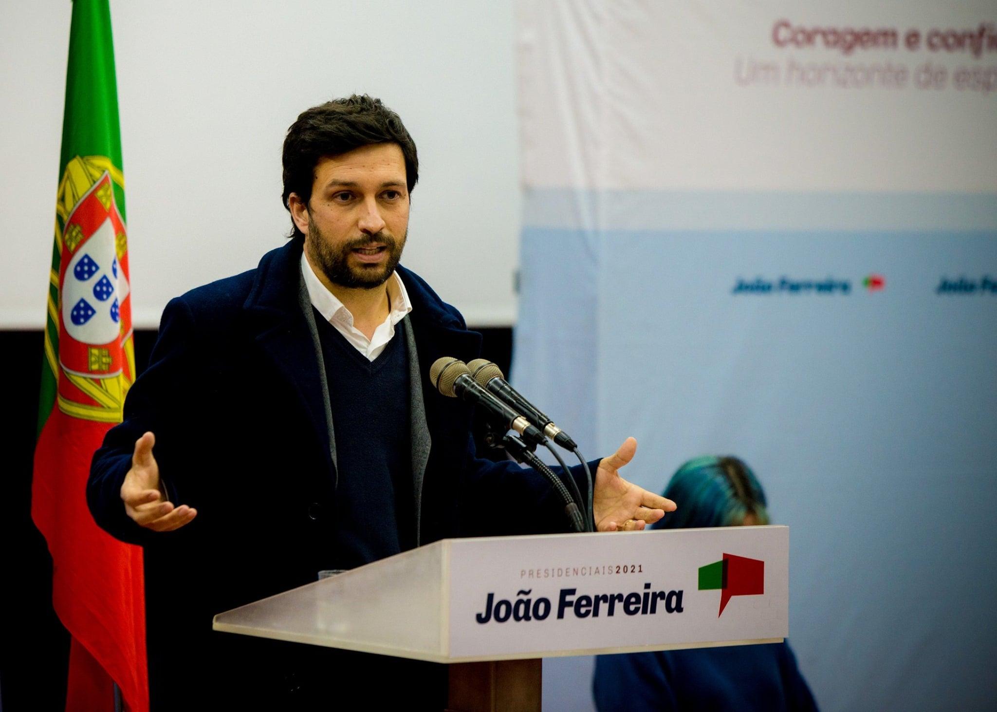 Presidenciais. João Ferreira pede em Braga consenso em torno da Constituição e critica silêncio de Marcelo