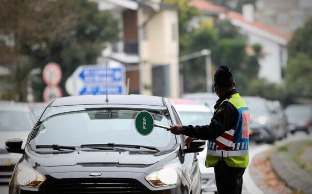 """PSP apanha """"várias dezenas"""" de casos de incumprimento de medidas do estado de emergência no distrito de Braga"""