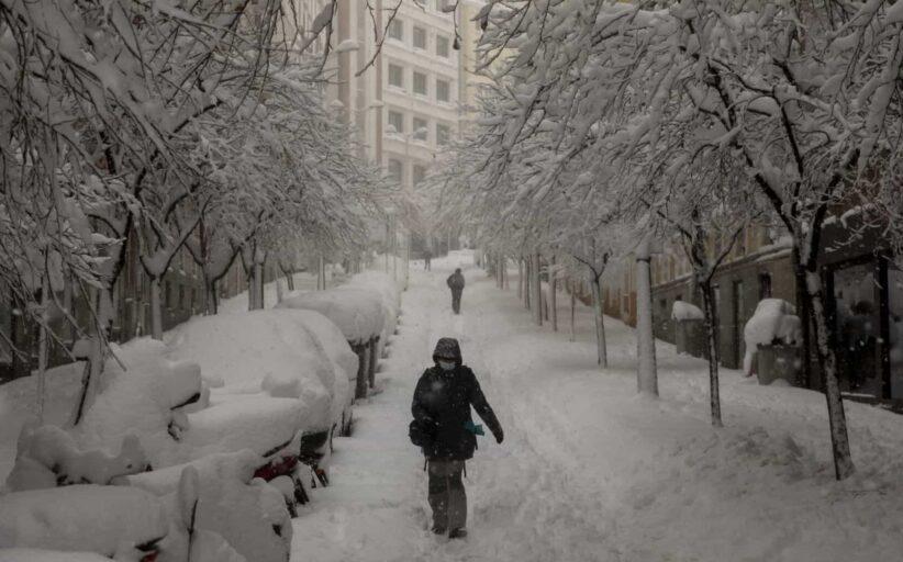 Depressão Filomena gela Madrid e mata três pessoas (galeria de fotos)