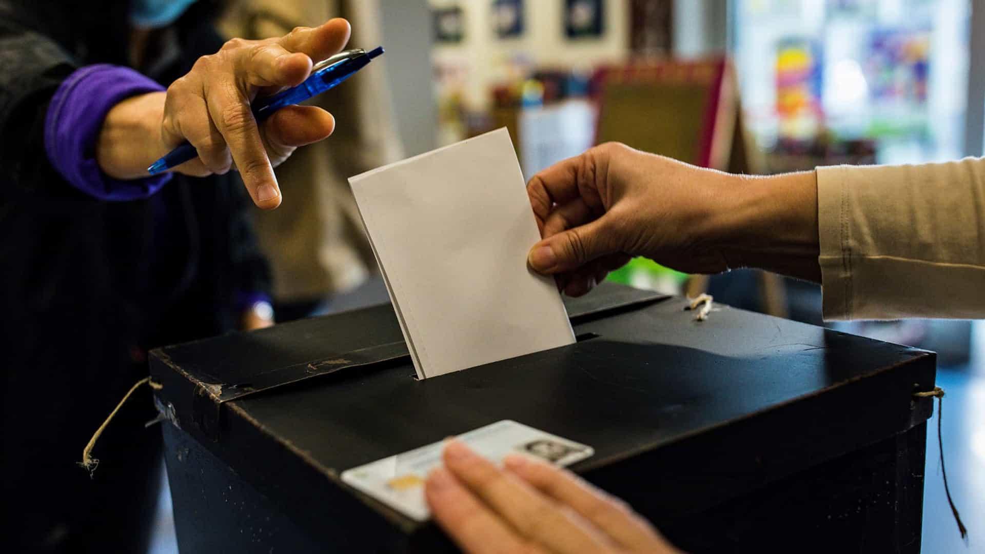 PRESIDENCIAIS. Afluência às urnas até às 16h00 foi de 35,44%