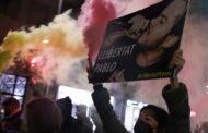 Noite de protestos violentos em Espanha contra prisão do rapper Pablo Hasél