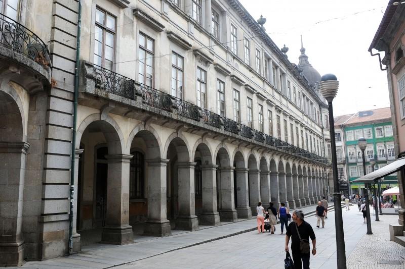 CDU acusa Câmara de Braga de não defender interesse público no negócio do Edifício do Castelo