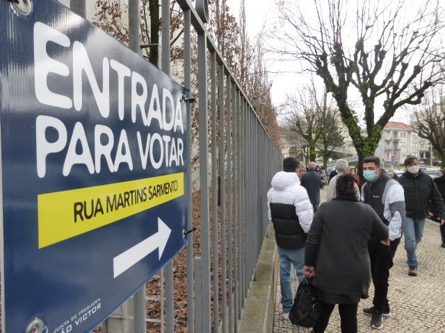 Municípios recusam adiamento das eleições autárquicas