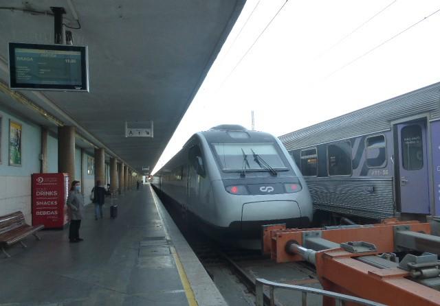 CP repõe oferta total do Intercidade e parte do Alfa a partir de 5 Abril. Pendular com mais duas viagens Braga-Lisboa