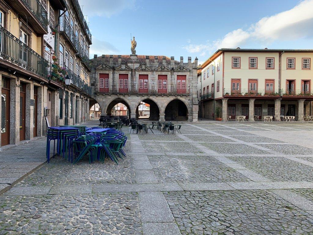 Impacto da pandemia na economia divide Câmara de Guimarães