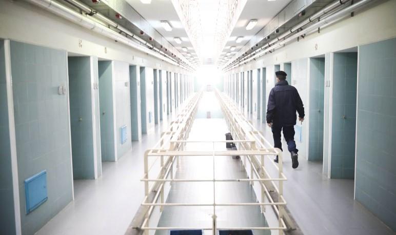Aberta investigação a morte de recluso na cadeia de Braga