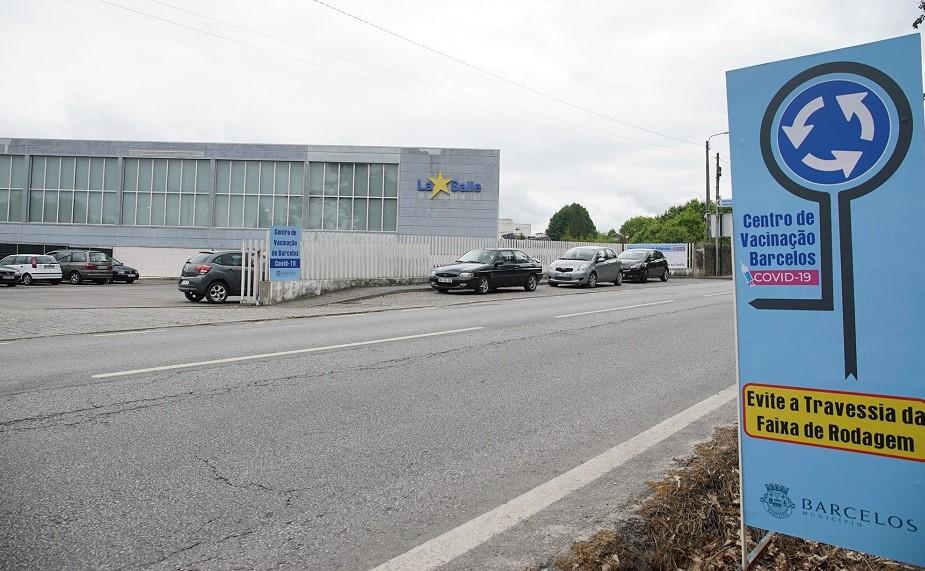 Centro de vacinação de Barcelos transferido para o Colégio La Salle