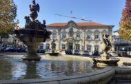 Estacionamento condicionado segunda-feira no centro de Braga