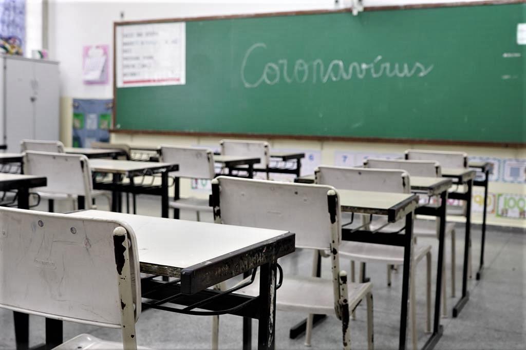 """Covid-19. Reforço de prevenção em escolas coloca """"centenas"""" em isolamento no Alto Minho"""