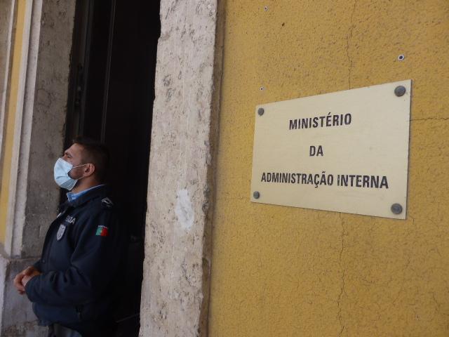 Quase 1.000 pessoas detidas por desobediência desde início da pandemia