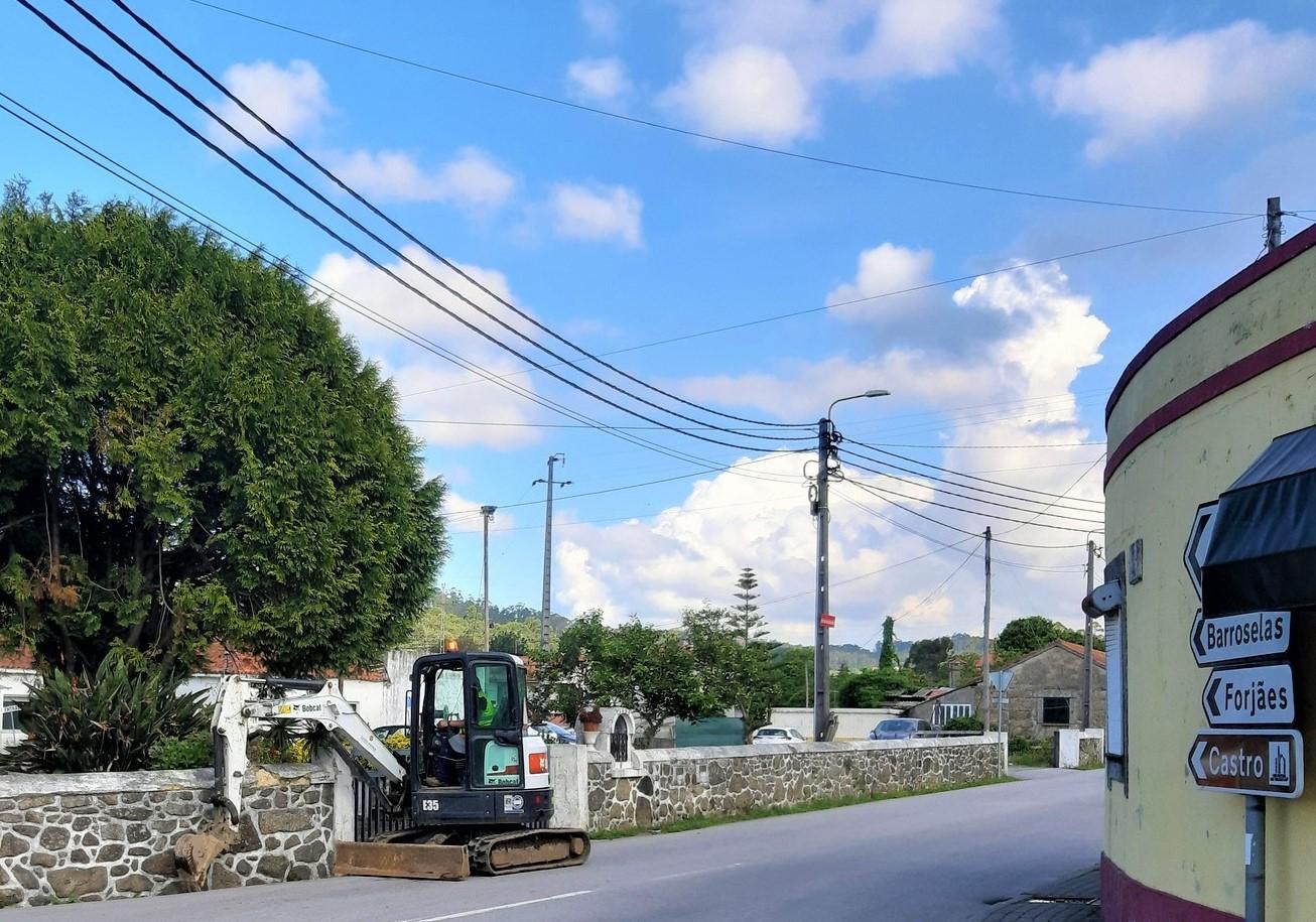 Arrancou colocação de semáforos em Palmeira de Faro, Esposende