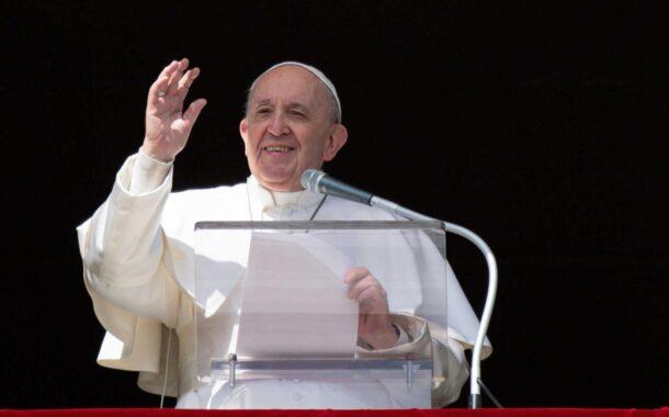 Papa pede que atrasos na distribuição das vacinas sejam superados