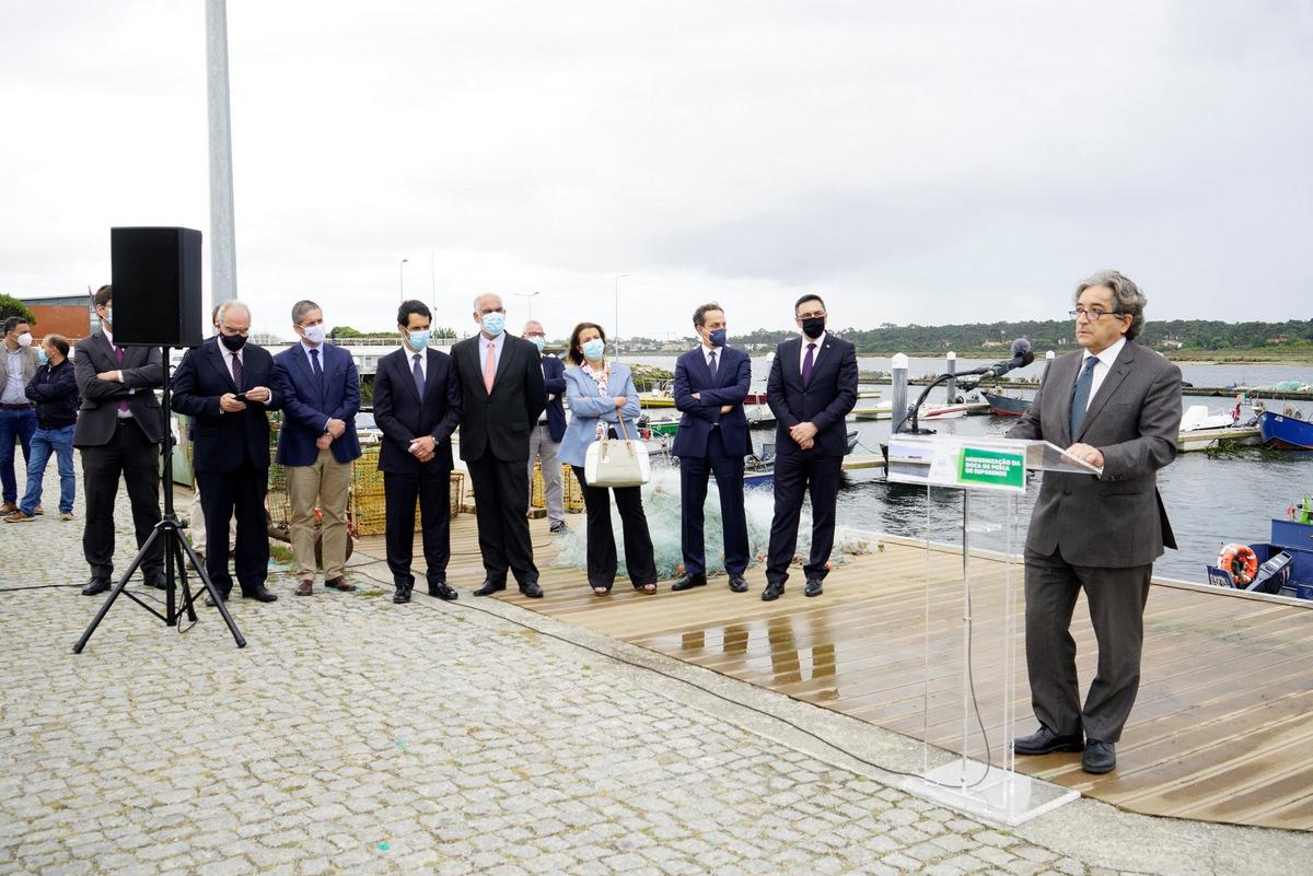 Ministro do Mar garante um milhão de euros para drenagem do porto de Esposende ainda este ano