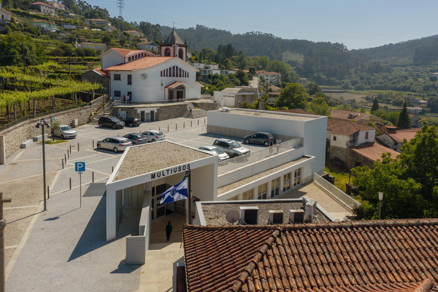 """Câmara de Braga investe 600 mil euros em multiusos """"estruturante"""" para população de três freguesias"""