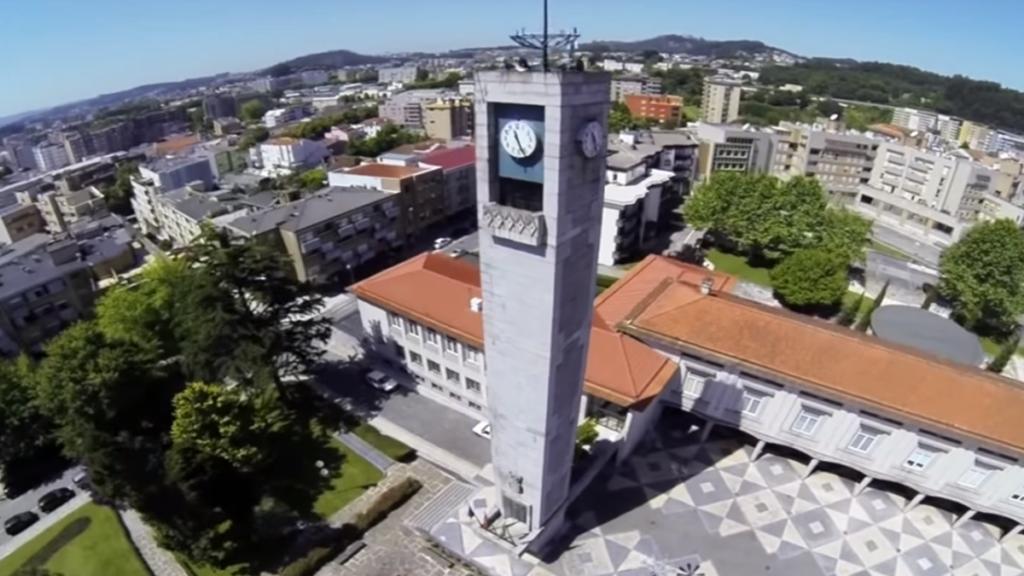 Famalicão aprova relatório de contas com voto contra do PS