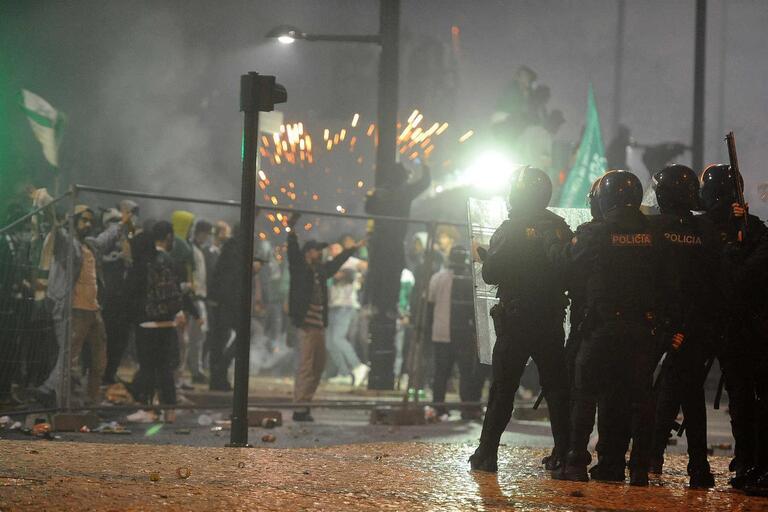 PSP identifica 30 cidadãos e detém três na sequência dos festejos do Sporting CP