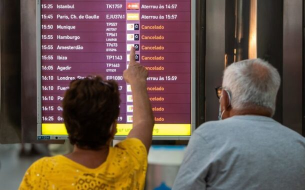 """Agências de viagens lamentam """"vergonha que se está a passar"""" com greve nos aeroportos portugueses"""