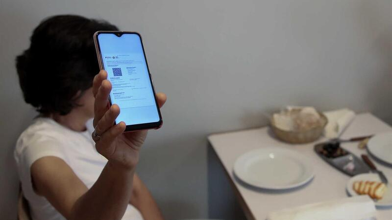 Restaurantes proibidos de guardar comprovativos de testes e dados pessoais dos clientes